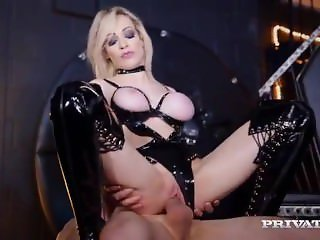latex slut chess Kay