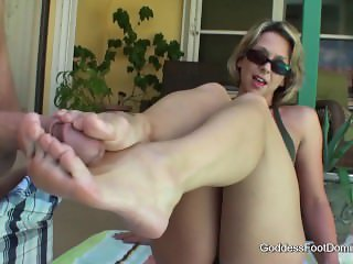 Brianna Beach foot642