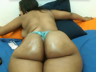 21st Bootilicious Ebony/African Web Cam Model