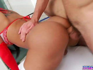 Bruna Butterfly rides Max Scars cock like a cow girl