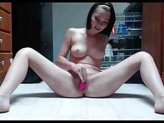 Teen squirt in the kitchen