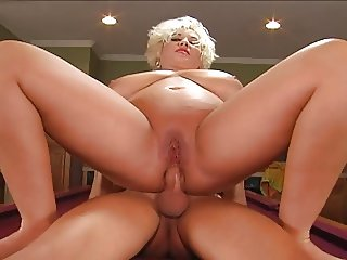 Big woman never does anal.