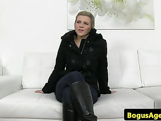 Real euro beauty pussydrilled by agent