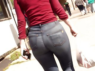 Mature Tight Jeans Booty