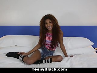 Petite Ebony Does Splits While Riding Dick