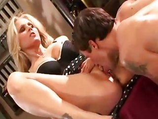 Julia Ann Garage Sex