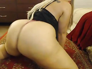 Nice bbw with huge tits and ass