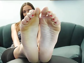 FEET GIRL Tiffany Size 11 Soles