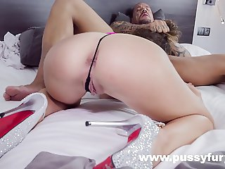 Valentina Bianco hardcore sex. Slaps, spanks, deepthroat !