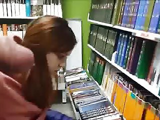 Flashing horny cock in bookstore