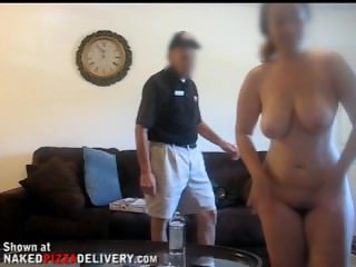 Big Booty Naked For Pizza Man
