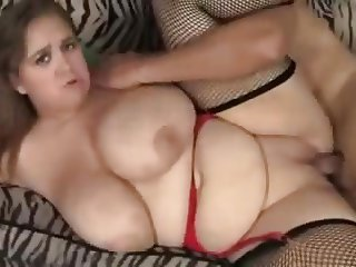 Hot sex babe minnie got hard fucked