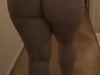 PAWG walking for daddy