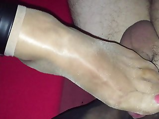 8 DEN Nylon Footjob