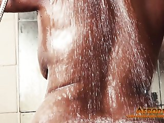 The Training of Leoni (big butt wet pussy)