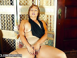 Kendal's interview with hot pussy rubbing
