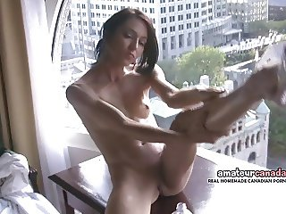 Skinny french Montreal porn star Hellizabeth flashes fit bod