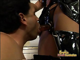 Latex-clad raven-haired harlot bangs her extremely horny rep