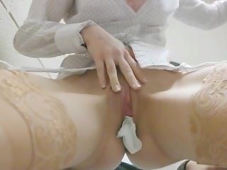 Masturbating at work - step 1: stuff your panties and insert the butt plug