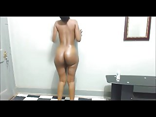 She Made Tha Oily! Ass Clap For Me