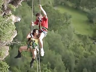 SDRUWS2 - A ROPE CAN SAVE YOUR DAY