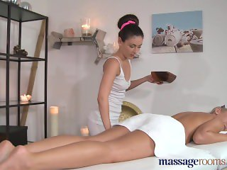 Massage Rooms Stunning blonde has intense lesbian encounter