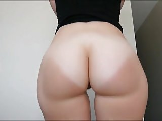 White bubble butt Twerk n Strip