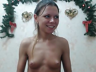 Girl squirts a lot on webcam