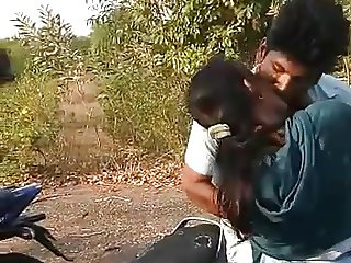indian girl kissing
