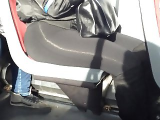bubblicious ass shaking on bus