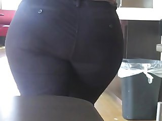 MEXICAN MILF MEGA BOOTY