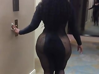 big fat ebony ass swaying