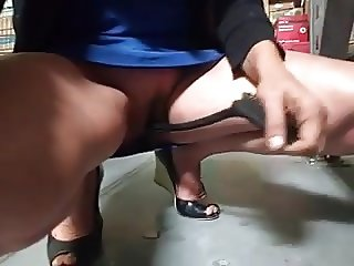 Nympho Exposing  Her Pussy at Walmart