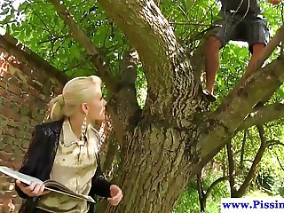 Pee drenched eurobabe fucked outdoor