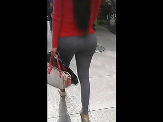 sexy shemale big booty in leggins