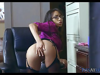 Brunette Babe with Glasses gets a Fat Cock during Work Hours