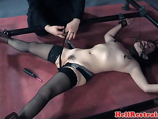 Spreadeagle submissive punished with nt