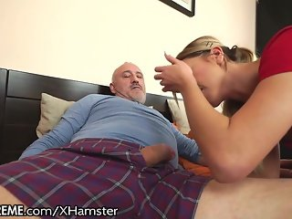 21Sextreme Grandpa Gets Lucky with Teeny Ballerina