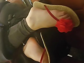Close Up of nice Teen Feet with faceshot