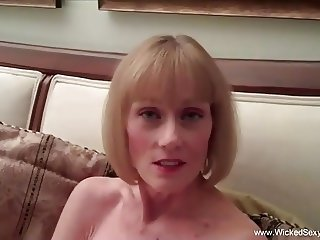 GILF Wants Crazy Sex