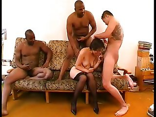 SHOT HAIR MATURE GROUP SEX