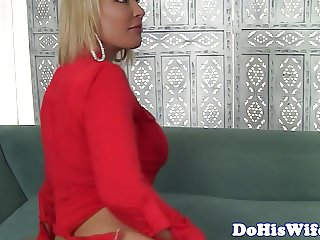 Cheating housewife with big tits gets banged