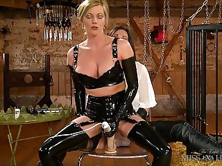 Holly Kiss and Miss Hybrid in Latex