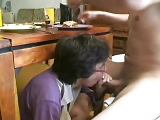 AMATEUR SKINNY MATURE BIG COCK GROUP SEX