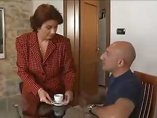 Hot Busty Mature Seduces Her Well-Built Repairman