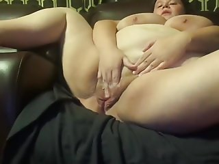 Young fatty with very meaty pussy