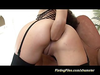 deep anal fisting babe