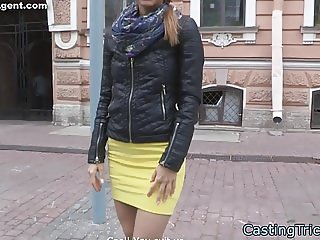 Gorgeous babe gets pussyfucked at casting