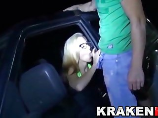 Krakenhot - Dogging. Sex in public with an amateur couple.