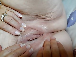 My 77 years old granny : ass & pussy close-up with fingering